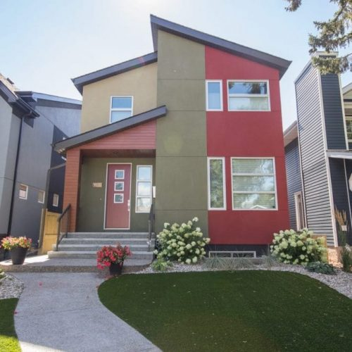 INFILL – TWO STOREY – CUSTOM HOME